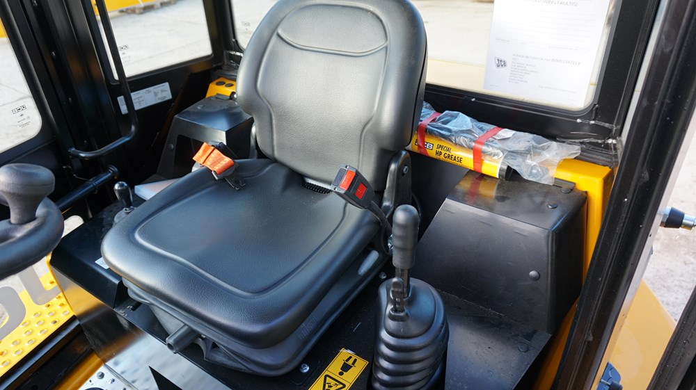 JCB 6T Front Tip £POA-gall4